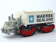 https://flic.kr/p/8EpgjK | One for the Road | A little Maersk.