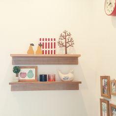 Japanese House, Slow Living, Kitchen Sets, Diy Home Crafts, Wall Shelves, Floating Shelves, Interior, Modern, Room