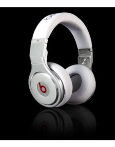 The simple color and shape - White Beats Pro Headphones, the clear voice quality. Cheap Beats Headphones, Cute Headphones, Studio Headphones, Wireless Headphones, Monster Headphones, Beats By Dre, Iphone, Design, Gadgets