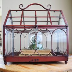 I just love wardian cases and terrariums, and how versatile they are! Did you know that they are increasingly popular as wedding card holders?! How fun! This one is sealed, so you can plant away!