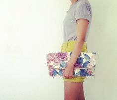 {Quilted Garden Pouch} love the large floral print!