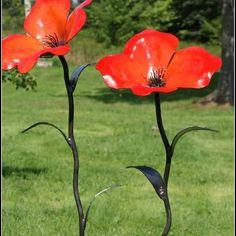 Metal Petals Garden Art: Red Poppies