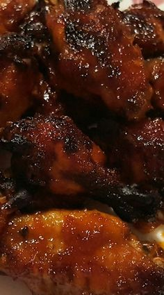 Pressure Cooker Honey Bourbon Chicken Wings Broil on high instead of air fryer at the end to get crispy. Pressure Cooker Wings, Slow Cooker Pressure Cooker, Pressure Cooker Chicken, Crock Pot Slow Cooker, Instant Pot Pressure Cooker, Pressure Pot, Pressure Canning, Power Cooker Recipes, Pressure Cooking Recipes