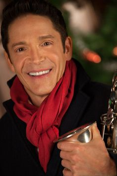 "DAVE KOZ & FRIENDS ""THE 25TH OF DECEMBER"" Press Photo - http://davekoz.com/product/dave-koz-the-25th-of-december/"