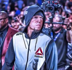 That's the look of a warrior! #natediaz #diaz #diazvsmcgregor #natediaz209 #209 #ufc #ufc202 #mma #stockton @natediaz209