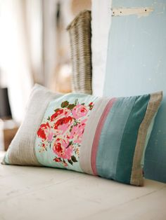 Love this! Perfect way to use up scrap fabrics.