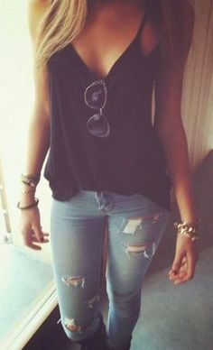 cami top + skinny jeans.