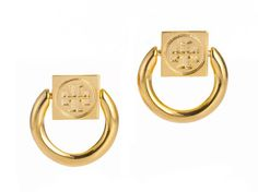 Like chic mini doorknockers, the Tory Bruch Varden is the perfect finishing touch to any outfit..