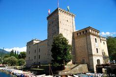 Rocca di Riva del Garda http://www.italianlakestours.com/cosa-fare-e-cosa-vedere-riva-del-garda/