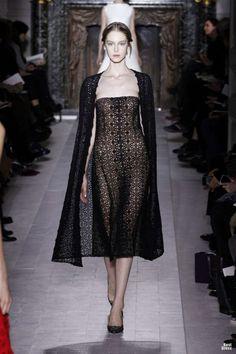 VALENTINO HAUTE COUTURE SPRING/SUMMER 2013 High Fashion Haute Couture glamour | http://newfashiontrendsforgirls218.blogspot.com