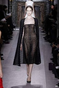 VALENTINO HAUTE COUTURE SPRING/SUMMER 2013 High Fashion Haute Couture glamour | http://newfashiontrendsforgirls218.blogspot.com