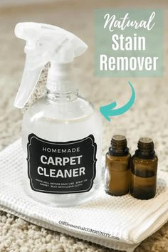 Natural Carpet Cleaner Spray cleaner homemade cleaning hacks ideas runner on stairs stain remover Natural Stain Remover, Stain Remover Carpet, Stain Removers, Natural Carpet Cleaners, Diy Carpet Cleaner, Cleaning Recipes, Cleaning Hacks, Cleaning Solutions, Cleaning Spray
