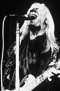 Johnny Winter by Bluesoundz Radio, via Flickr
