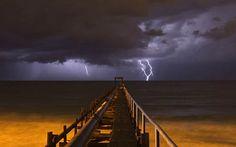 Tempesta elèctrica a la Mediterrània.