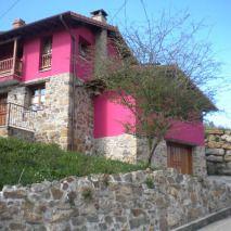 Casa Rural en Bimenes, Asturias. Casa Camila es una estupenda casa casas de alquiler integro en Asturias.