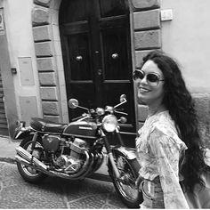 9edcce61dd19  vanessahudgens exploring Florence