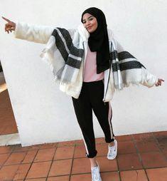 ▪PINTEREST: Aya MB• Muslim Fashion, Modest Fashion, Hijab Fashion, Women's Fashion, Fashion Outfits, Cool Outfits, Casual Outfits, Modele Hijab, Hijab Tutorial