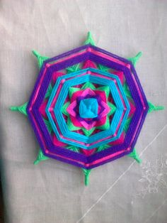 mandala tejido con lana 30 ctmr. Diy, Image, Home Decor, Gods Eye, Fabrics, Tejidos, Projects, Manualidades, Facts
