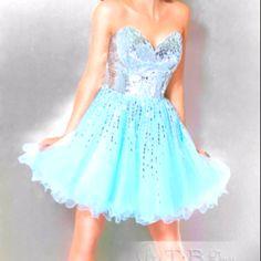 My super cute prom dress :)