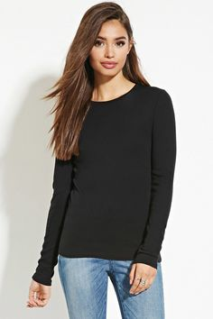 A classic tee in super-soft cotton with long sleeves and a round neckline.