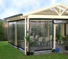 Blind Outdoor Bistro Shp 180x240cm Clr Pvc Blk Bi1824 - Bunnings Warehouse
