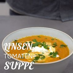 Diese Low-Carb Suppe ist perfekt an kalten Tagen: Linsen-Tomaten-Suppe Easy Dinner Recipes, Healthy Dinner Recipes, Soup Recipes, Vegetarian Recipes, Chicken Recipes, Easy Meals, Cooking Recipes, Cooking Eggs, Keto Chicken