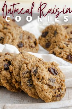 These homemade oatmeal raisin cookies are thick, chewy, and easy to make. These cookies have a soft and chewy center and are crisp around the edges. #oatmealcookies #cookies #softandchewycookies #thanksgiving #christmascookies #cookieplatter #chewycookies #raisins #oatmealraisincookies #holidaybaking Cookie Recipes, Dessert Recipes, Bar Recipes, Desserts, Easy Delicious Recipes, Yummy Food, Easy Oatmeal Raisin Cookies, Homemade Oatmeal, Ginger Snap Cookies