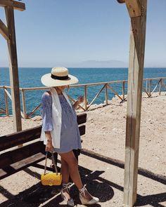 """Mi piace"": 3,531, commenti: 49 - Jessie Chanes /Seamsforadesire (@jessiekass) su Instagram: ""Summer is calling my name☀️🌊| #seamsforadesire #ootd #stylethebump"""