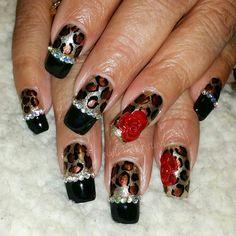 #nailsbykristina #nailfill #shortnails #acrylicnails #blackandgoldnails #cheetahnails #leopardnails #animalprintnails #bling #blingbling #blingnails #cutenails #girlynails #prettynails #funnails #roses #3Droses #3Dflowers #3Dart #3Dnailart