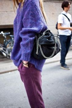 Look com suéter de tricot e calça Ultraviolet - Roxo Ultravioleta