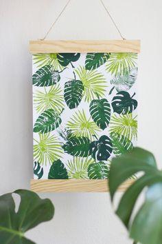 we love handmade | DIY: Posterleiste aus Holz | http://welovehandmade.at