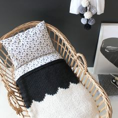 Cozy scallop design blanket available in 7 colors! https://www.etsy.com/listing/288583855/baby-blanket-scallop-neutrals-hand-knit?ref=featured_listings_row