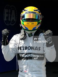 Lewis Hamilton´s IWC driving gloves