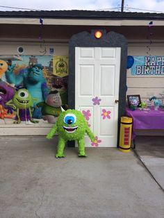 Monsters inc Party boo's door Monster 1st Birthdays, Monster Inc Party, Monster Birthday Parties, 1st Birthday Themes, Baby 1st Birthday, Birthday Ideas, Monsters Inc Decorations, Monsters Inc Halloween, Monster University Party