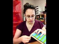 VIDEO: making and weaving on a Cardboard loom