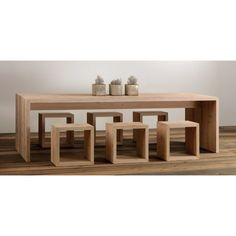 mesa comedor madera Carthago Kitchen Table Bench, Small Kitchen Tables, Dinning Room Tables, Dining Table Design, Building Furniture, Deck Furniture, Furniture Projects, Furniture Decor, Furniture Design