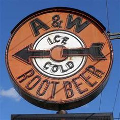 I loved the A & W root beer stands and drive-ins! My sister was a car hop at the one in Tustin. Vintage Neon Signs, Vintage Ads, Vintage Stuff, Sweet Memories, My Childhood Memories, A&w Root Beer, Old Signs, Ol Days, Advertising Signs