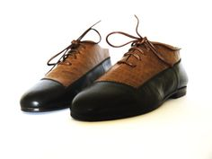 Black brown leather shoes closed lace-up flat bicolor 80s new vintage unworn classic, on Etsy