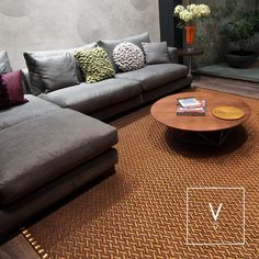 [ Copper Loves Coffee ] We love copper and copper loves coffee. What are your feelings on this unique combination of a coffee-colored rug beneath this gray lounge sofa? #VerdiDesign #WeavingIntoNature #Metal #NaturalFiber #Rugs #Copper #Handmade #MadeInColombia #Handcrafted #Metallic #Carpet #Textiles #Weaves #Bespoke #BespokeRug #Design #Interior #InteriorDesign #Art #Architecture #InteriorArchitecture #Colombia
