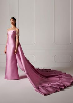 Spring/Summer 2019 – Hamda Al Fahim Haute Couture Gowns, Couture Mode, Couture Dresses, Fashion Dresses, Elegant Dresses, Pretty Dresses, Formal Dresses, Chef D Oeuvre, Types Of Dresses