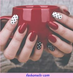 25+ Best and Easy Nail Art Designs for Beginners Amazing Tutorials