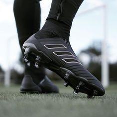 Sport wear soccer 45 Ideas for 2019 Adidas Soccer Boots, Adidas Cleats, Adidas Football, Nike Soccer, Soccer Shoes, Adidas Nmd, Custom Football Cleats, Girls Soccer Cleats, Soccer Gear