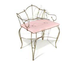 ladies vanity chair vintage vanity stool 50s by gillardgurl, $50.00 This is the one