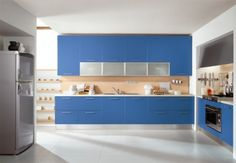 Delicadas cocinas en tono azul