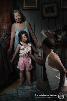 Afin de mettre en évidence la dure vie de certains enfants victimes d'abus sexuels enThaïlande, l'agence Leo Burnett a imaginé une campagne publicitaire composée de deux affiches choc pour le centre de protection des enfants de Bangkok et la Fondation de protection des droits des enfants. Chaque affiche illustre un enfant victime d'un abus sexuel …