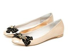 Las amoO balerinas cute ! Olivia Palermo, Ballerina Pumps, Ballerinas, Vogue Mexico, Me Too Shoes, Classy, Lifestyle, Elegant, Cute