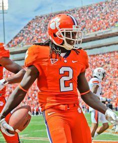 My boy Sammy Watkins! Clemson Football, Clemson Tigers, College Football, Football Helmets, Sammy Watkins, Erin Andrews, Football Pictures, Auburn, My Style