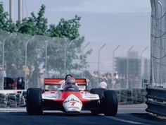 John Watson is a former British racing driver with 152 starts in his CV, who is now one of the most respected motorsport commentators John Watson, Indy Cars, 1 John, Formula One, Grand Prix, Detroit, Race Cars, The Outsiders, Racing