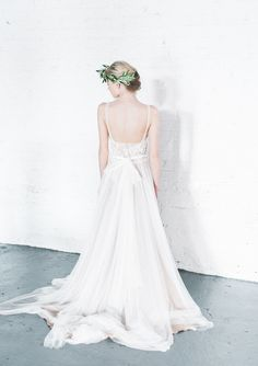 Minimalist bridal shoot photographed by Hannah Forsberg Photography, and edited with Mastin Labs Fuji 400H film emulation presets.