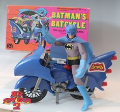 One of my all time favorite Batman toy... Batman's Batcycle by MEGO.